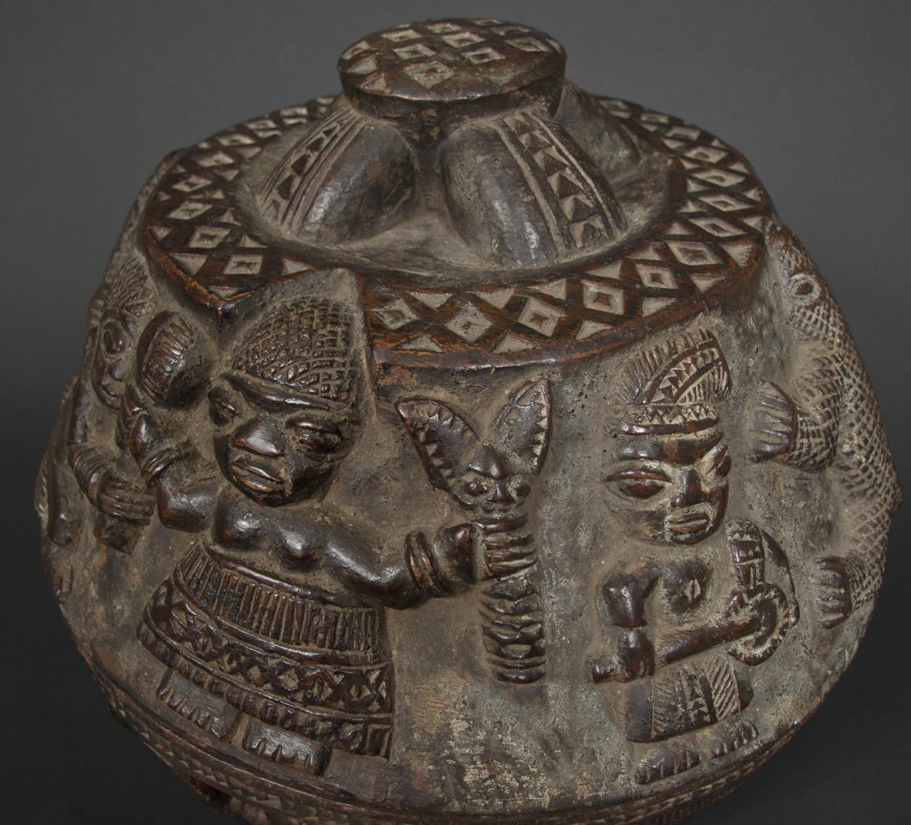 Ifa divination bowl yoruba galerie flak for Yoruba architecture